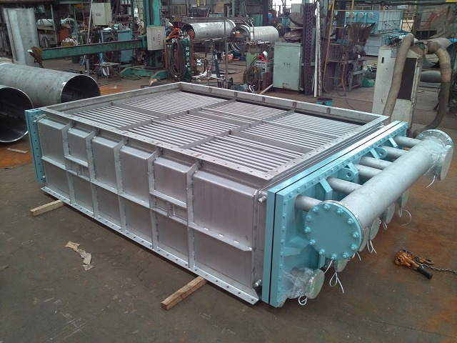 Heat exchanger fabrication for polycrystalline silicon factory